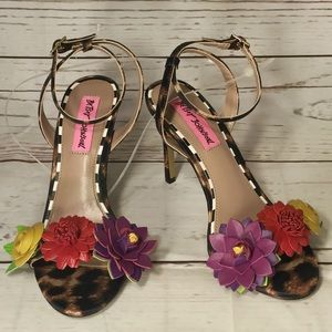 Flower Leopard Sandals Size 6 Heels